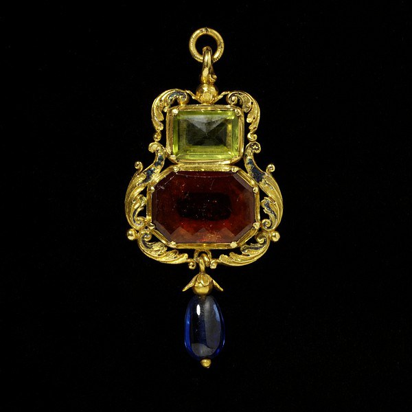 1540 1560 Enamelled gold-set-with-a-hessonite-garnet-and-a-peridot-and-hung-with-a-sapphire